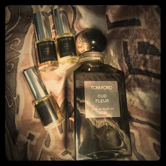11 Best Oud Perfumes and Colognes for Men in 2021